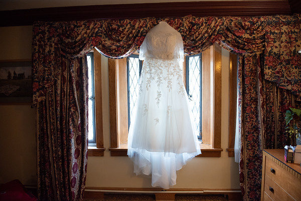 Mariana_Edelman_Photography_Cleveland_Wedding_Carr_Johnson_0229