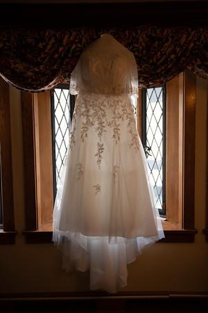 Mariana_Edelman_Photography_Cleveland_Wedding_Carr_Johnson_0226