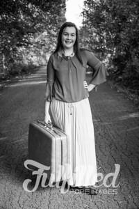 Jessica Sproat Senior Portraits (12)