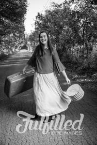 Jessica Sproat Senior Portraits (10)