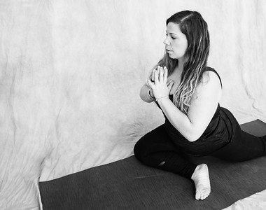 jessica-stec-yoga-013-bw
