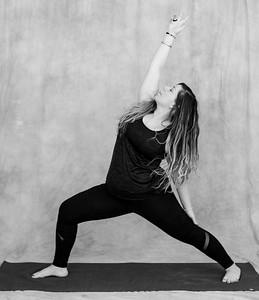 jessica-stec-yoga-001-bw