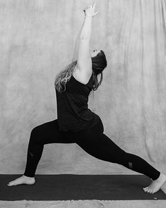 jessica-stec-yoga-010-bw