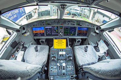 jetBlue Airways Airbus A220-300 N3008J 1-11-21 6