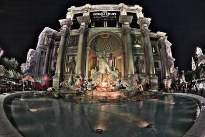 Las Vegas Strip: Forum Shops exterior.