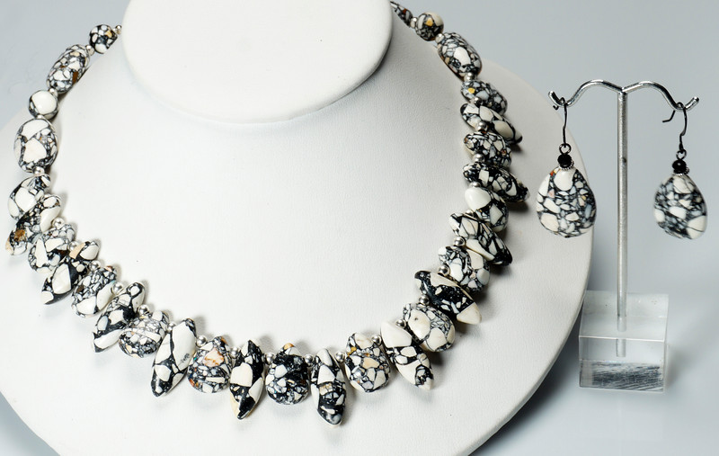 """#23219<br>Mosaic agate briolettes<br>With silver plated clasp<br>And 4"""" extender chain.<br>17"""" to 21"""" Limited Edition.<br>Necklace $75.00<br>Earrings $26.00"""
