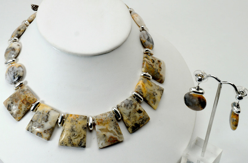 "#13717 <br>Picture agate and pewter. <br>Silver plated clasp and 4"" extender chain. <br>Necklace 16.5"" to 21"" Limited Edition $95.00<br> Note: natural stones will vary slightly.<br>Earrings with silver plated posts $27.00"