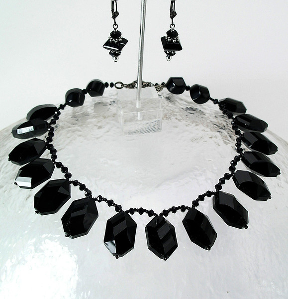 "#11113 <br>Crystal briolettes<br>With gunmetal clasp and 4"" extender chain.<br>Alice Bailey Designs signature tag.<br>Necklace 17"" to 21.5"" Limited Edition $125.00<br>Earrings with gunmetal French clips $29.00"