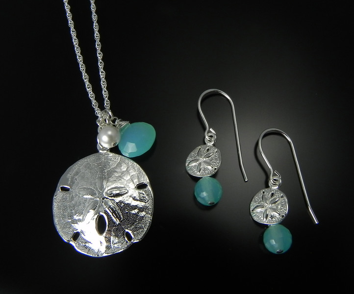 BFD PSLCBC Large Sand Dollar Pendant with Carribean Blue Chalcedony and  BFD ESSCBC Small Sand Dollar Earrings with Round Carribean Blue Chalcedony