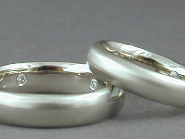 J&N • Wedding Bands