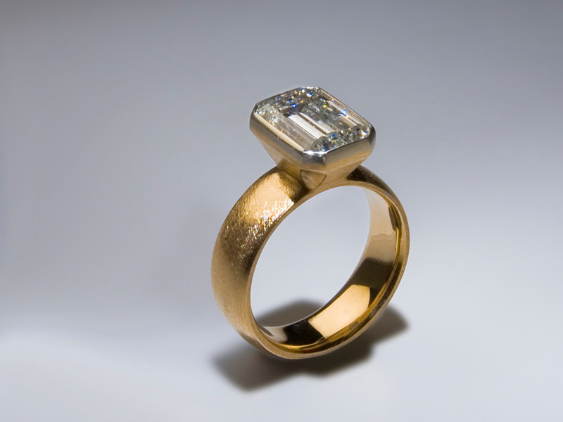 Lynn • Engagement Ring