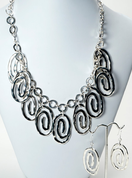 "#14020<br>Pewter on silver plated chain.<br>Silver plated clasp and 4"" extender chain.<br>17.5"" to 21.5"" Limited Edition.<br>Necklace $79.00 <br>Earrings $26.00"