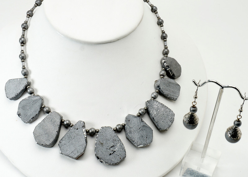 "#25014 <br>Silver electroplated quartz and steel. <br>Gunmetal clasp and 4"" extender chain. <br>Alice Bailey Designs signature tag.<br> Necklace16.5"" to 20.5"" Limited Edition $75.00<br> Earrings with surgical steel ear wires $26.00<br>Note: Size and shape of natural stones will vary."