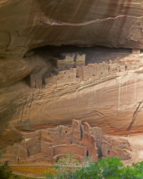 Cliff House in Canyon de Chee