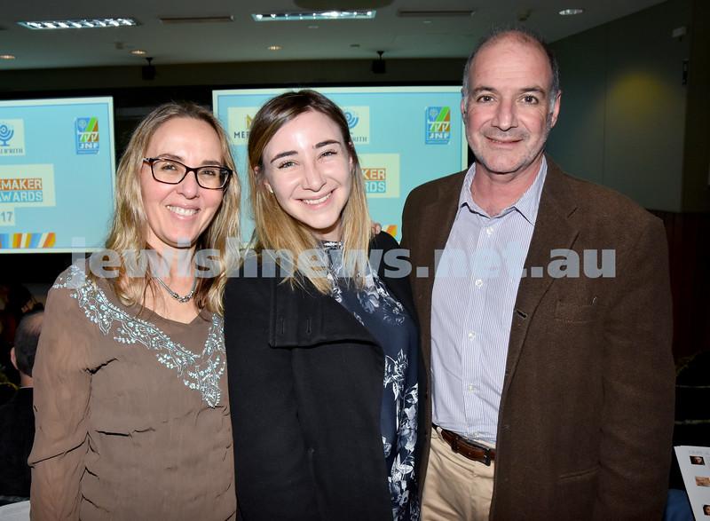 Jewish Changemaker Awards. Arlene ,Sasha, Larry Aronson. Pic Noel Kessel