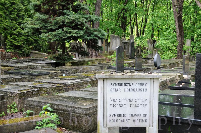 Warsaw Symbolic Graves