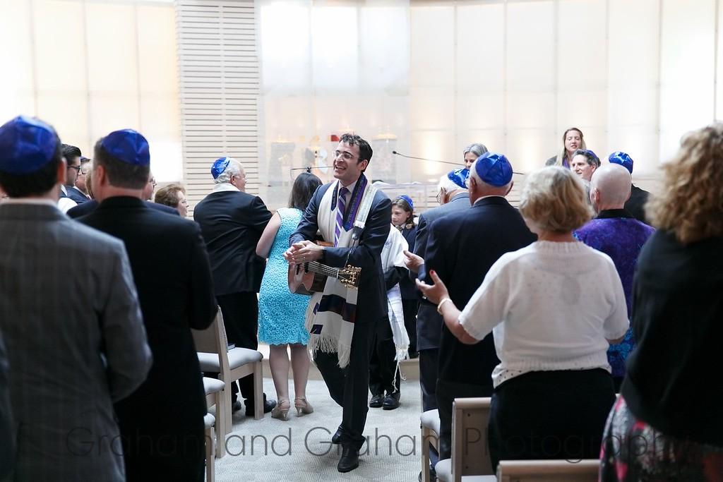Rabbi Zachary Shapiro, Temple Akiba