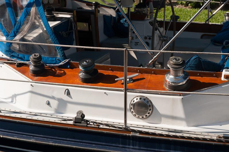 SailBoat-12