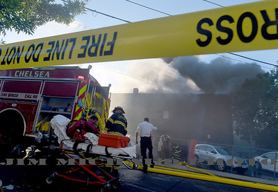 (Revere MA 09/16/18) Revere Fire assisted by several area departments battle a multi-alarm fire on at a large apartment building on Franklin Ave, Sunday, Sept. 16, 2018, in Revere. Herald Photo by Jim Michaud