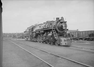2016.020.99.132--jim neubauer 6x9 neg--GTW--steam locomotive 4-8-4 U-3-c 6334--Battle Creek MI--1950 0716