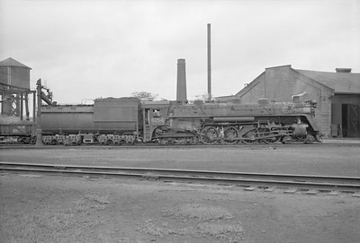 2016.020.98.065--jim neubauer 828 neg--CNR--steam locomotive 4-8-4 U-2-c 6154 taking water--location unknown--c1952 0000