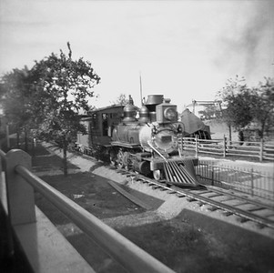 2016.020.99.060--jim neubauer 127-12 neg--D&RGW--steam locomotive 2-8-0 C-16 268 on excursion train at Chicago Railroad Fair--Chicago IL--c1950 0000