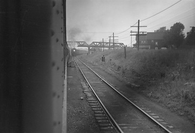 2016.020.98.257--jim neubauer 828 neg--NYC--view from passenger train--location unknown--c1952 0000