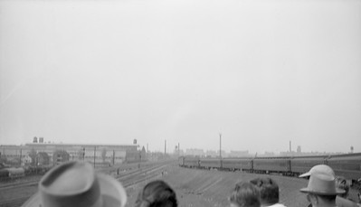 2016.020.99.213--jim neubauer 116 neg--NYC--view from gondola on fantrip 47th Street stockyards--Chicago IL--1950 0521