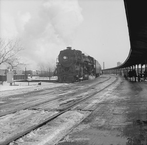 2016.020.99.135A--jim neubauer 120 neg--NYC--steam locomotive 4-6-4 J1d 5232 on passenger train action--Englewood IL--c1951 0000
