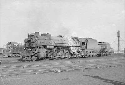 2016.020.98.076--jim neubauer 828 neg--C&O--steam locomotive 2-8-2 1186--location unknown--1952 0810
