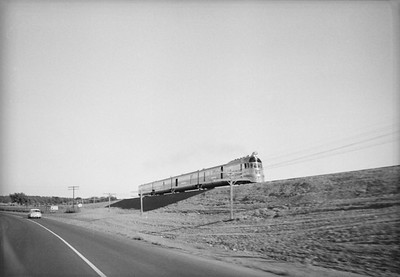 2016.020.98.038--jim neubauer 828 neg--CB&Q--EMD diesel Mark Twain Zephyr passenger train--west of Brookfield MO--1953 000