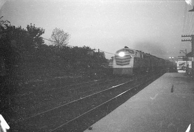 2016.020.98.121--jim neubauer 828 neg--Westinghouse gas-turbine demonstrator Blue Goose on train action--Chicago IL--c1952 0000