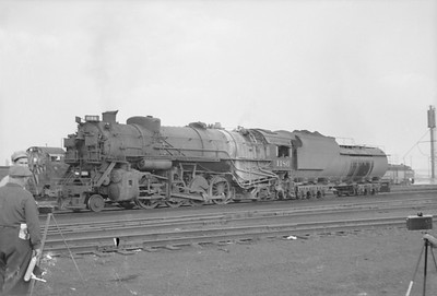 2016.020.98.069--jim neubauer 828 neg--C&O--steam locomotive 2-8-2 1186--Calumet IL--1952 0810