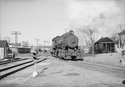 2016.020.98.029--jim neubauer 828 neg--ICRR--steam locomotive 0-8-0 3516 action--Pekin IL--1953 0221
