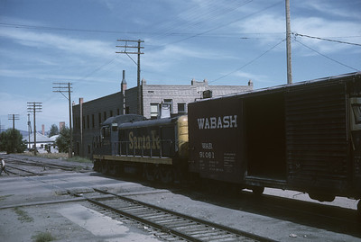 2016.020.26.45--jim neubauer 35mm kodachrome--AT&SF--ALCO diesel locomotive with freight car--Canon City CO--1965 0900