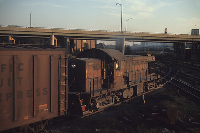 2016.020.05.16--jim neubauer 35mm ektachrome--GM&O--ALCO diesel locomotive 1104 on transfer freight train at Ash Street interlocking--Chicago IL--1968 1000