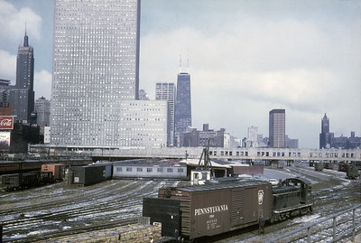 2016.020.04.28--jim neubauer 35mm kodachrome--ICRR--EMD diesel switcher locomotive 1214 switching in Randolph Street yard scene--Chicago IL--1970 0300