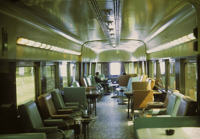 2016.020.17.06--jim neubauer 35mm kodachrome--KCS--obs-lounge interior scene on Southern Belle passenger train--location unknown--1968 0400