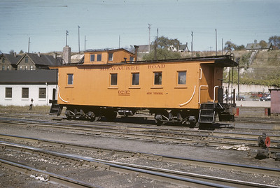 2016.020.02.1955-05--neubauer 35mm kodachrome--CMStP&P--wooden caboose 0232--Milwaukee WI--1955 1000