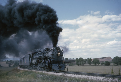 2016.020.54.13--jim neubauer 35mm kodachrome--CB&Q--NRHS Convention fantrip runby with steam locomotive 4-8-4 5632--location unknown--1963 0900