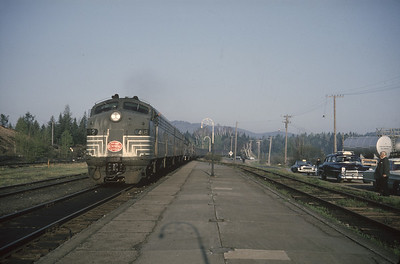 2016.020.20.28--jim neubauer 35mm kodachrome--NYC--EMD diesel locomotive 4082 on Rotary special passenger train--Lake Placid NY--1965 0600