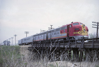 2016.020.07.12--jim neubauer 35mm kodachrome--AT&SF--EMD diesel locomotive 308 on RR Club of Chicago Chico Chief passenger train fantrip--location unknown--1969 0400