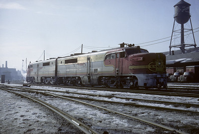 2016.020.07.11--jim neubauer 35mm kodachrome--AT&SF--ALCO diesel locomotive for passenger train 23--Chicago IL--1968 0100