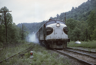 2016.020.23.17--jim neubauer 35mm kodachrome--SOU--EMD diesel locomotive on Carolina Special passenger train descending Saluda grade--Melrose NC--1968 0500