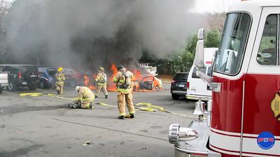 11-21-16 Car Fire Plainville CT-9
