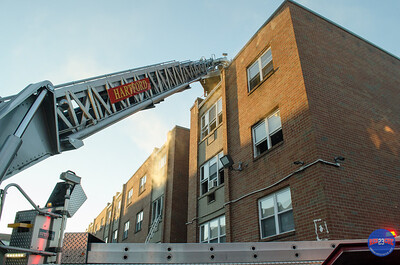 3-4-17 2nd Alarm 194 Washington ST Hartford CT-67