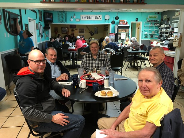 Every Friday (well most anyway) several men of Grace Church, Paris gather for  8:00am  breakfast at the South Side Cafe [SSC].