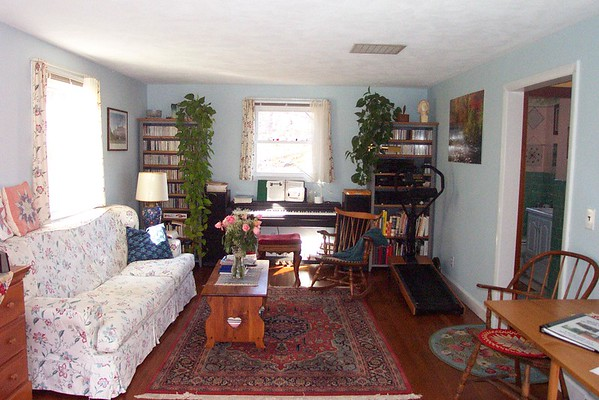 The final version of the Westford MA  home audio system [November 2004]. Having donated the Schober organ, the system included a Kurzweil Mark V and digital music [CDs] and components.