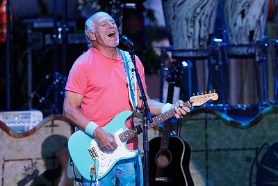 Jimmy Buffett and The Coral Reefer Band  live at DTE on 7-11-2017. Photo credit: Ken Settle