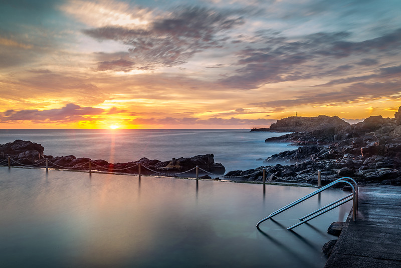 Sunrise by Kiama Rockpool